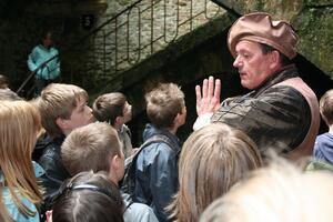 Udflugt til Archéoscope og slottet i Bouillon